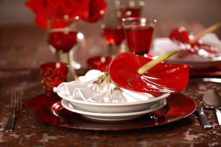 Luxury place setting in red and white  for Christmas or other event Stock Photo - 6646992