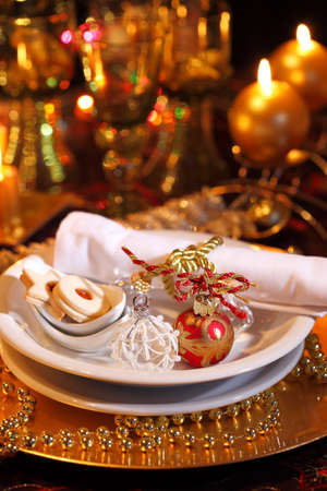 Luxury place setting in golden and white  for Christmas Stock Photo - 7071869