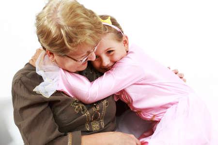 grandmother children: Cute ni�a feliz con la abuela  Foto de archivo