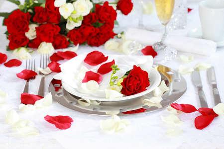 Feestelijke tabel instelling voor bruiloft, Valentine of andere gebeurtenis