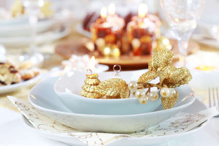 christmas catering: Place setting for Christmas in white tone