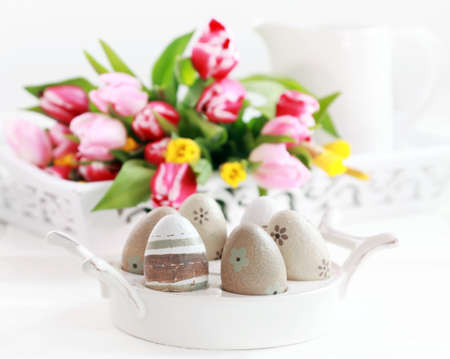 Easter eggs with tulips as table decoration Stock Photo - 12077131