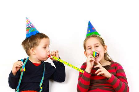 karnaval: Karnaval çocuklar NoiseMaker ile eğlenmek Stok Fotoğraf