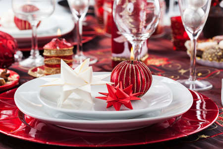 Place setting Christmas decorated with paper star Stock Photo - 16833837