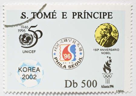 principe: SAO TOME Y PRINCIPE - CIRCA 1996 un sello de Sao Tome and Principe imagen muestra que conmemora varios eventos en el a�o 1996, alrededor de 1996