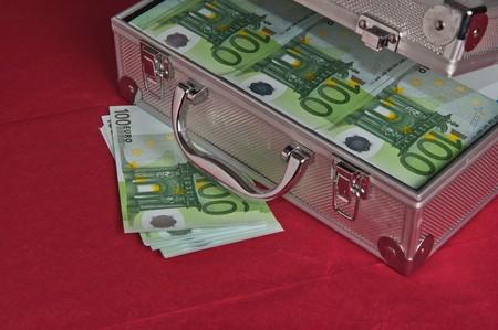 Metallic case full of Euro photo