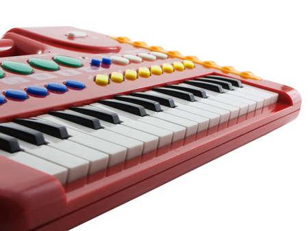 Elektrische piano of keyboard geïsoleerd op witte achtergrond