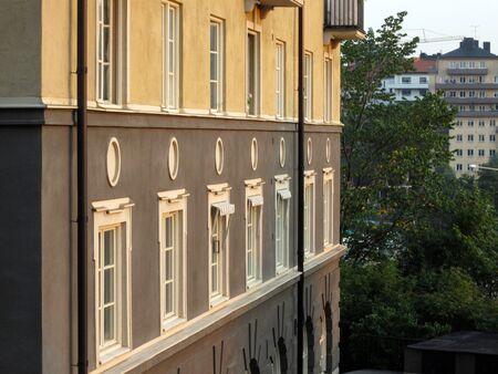 Apartment building exterior in Stockholm, Sweden Standard-Bild