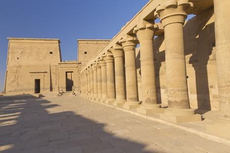 アスワンの町エジプト付近フィラエ島のイシス神殿