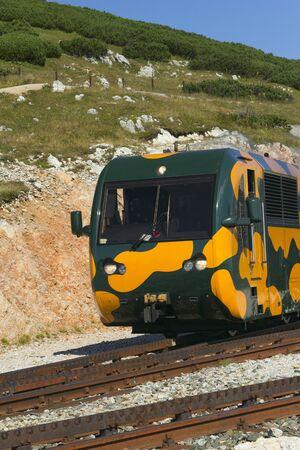 h�tte schnee: Bergbahn in Schneeberg �sterreich, Europa Detailansicht
