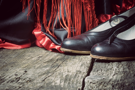 Kleidung Und Schuhe Für Flamenco Tanz Liegen Auf Einem