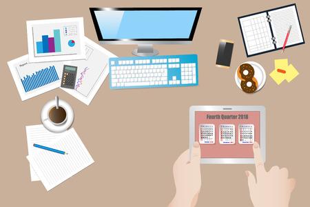 Vue de dessus du lieu de travail de bureau avec les mains tenant la tablette avec un calendrier pour le quatrième trimestre de l'année 2018 à l'écran Vecteurs