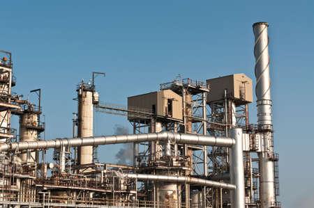 Een petrochemische raffinaderij plant
