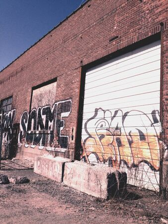 Troy,NY. Abandoned warehouse next to Hudson River Banco de Imagens