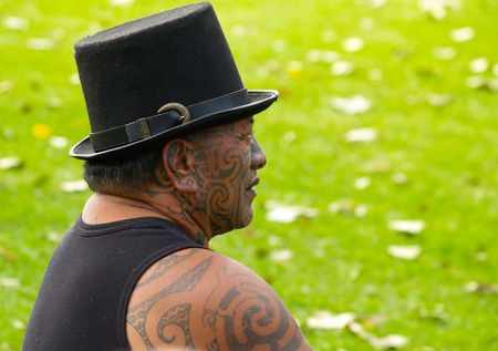 Tauranga, New Zealand, April 3rd 2010: Maori man, tattoo face and shoulders. 版權商用圖片 - 7148496