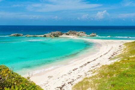 Beautiful Caribbean island Mugjin Beach on Turks and Caicos Фото со стока - 130816729