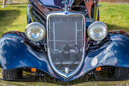 Fernandina Beach, FL / USA - September 22, 2018: 1933 Ford Victoria coupe at a car show at Fort Clinch in Fernandina Beach, Florida near Jacksonville. 에디토리얼