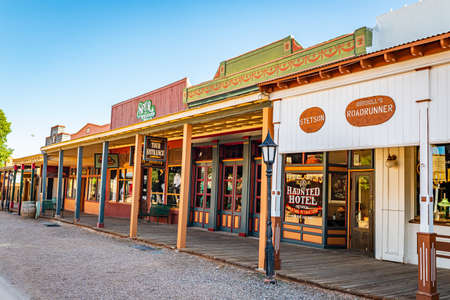 Tombstone, Arizona, USA - March 2, 2019: Morning view of Allen Street in the famous Old West Town Historic District 報道画像