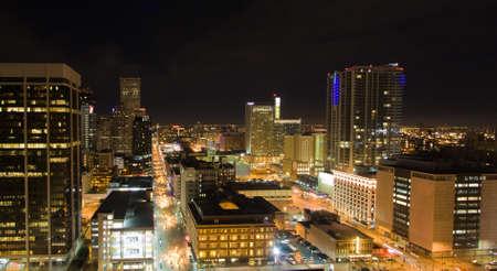 rooftop: Verlichte Downtown Denver Skyline Van Hoog Boven Clock Tower