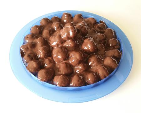 puffs: cream puffs