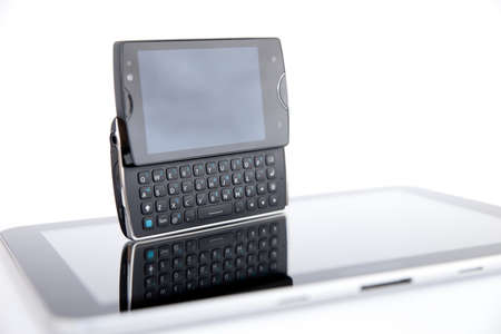 ericsson: Smart Phone with QWERY Keyboard