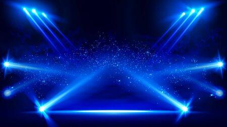 Palcoscenico illuminato con luci scenografiche e fumo. Faretto vettoriale blu con effetto luce volume fumo su sfondo nero. Proiettore della nuvolosità dello stadio. Show room di nebbia. Vettore. EPS 10