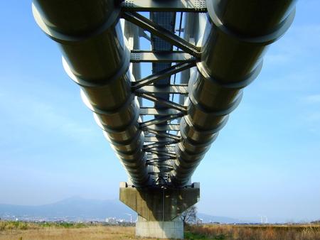対照的な橋 写真素材 - 37000376
