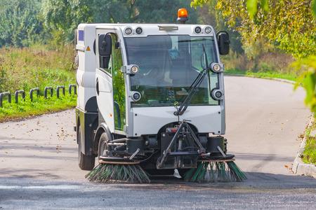 street cleaning machine in the park 版權商用圖片