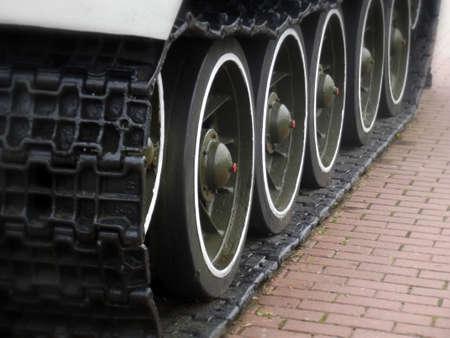 Tank Caterpillar Tread with Wheels