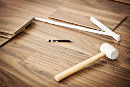 tools to laying laminate photo