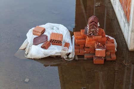 flooding: flooding of bricks