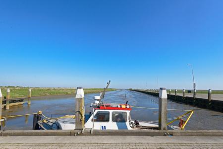 Noordpolderzijl 潮港ワッデン海で 写真素材