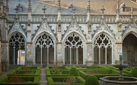 オランダ、ユトレヒトの Pandhof はある中世の回廊 写真素材