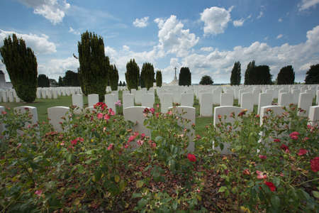 ww1: Overview of Tyne Cot cemetery