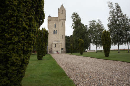 helens: Walkway to the Ulster Tower memorial