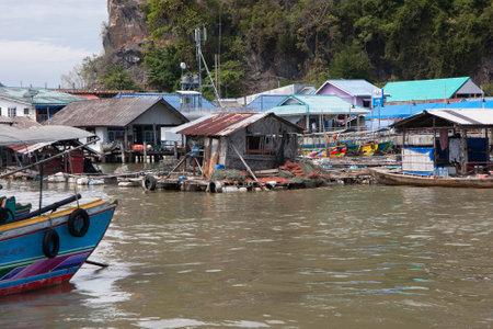 panyi: Approach to Koh Panyi from Phang Nga Bay