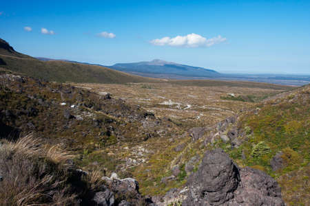 tongariro: Tongariro crossing near Mangatepopo