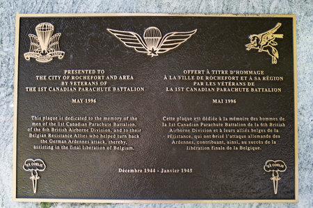 batallon: Detalle de la placa para la primera canadiense Batall�n de Paracaidistas Editorial