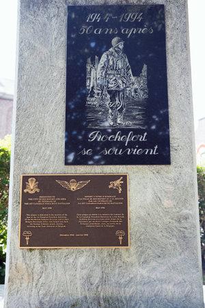batallon: Placa para la primera canadiense Batall�n de Paracaidistas en Rochefort