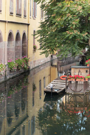 little venice: Picturesque view of a canal in Little Venice, Colmar