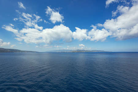 currents: Clouds pointing towards the Strait of Messina with the mainland on the left and Sicily on the right