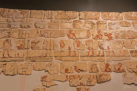 Editorial: LUXOR, EGYPT, October 16, 2018 - Detailed view of the Talatat Wall in the Luxor museum Редакционное