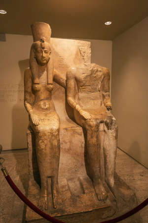 Editorial: LUXOR, EGYPT, October 16, 2018 - Amun and Mut sitting together in the Luxor museum 報道画像