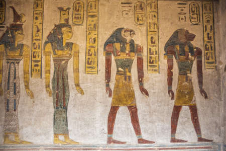 Wall paintings in the tomb of Ramesses III near Luxor 免版税图像