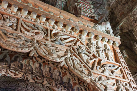 Buddhist stone carvings in cave 6 of the Yungang Grottoes near Datong Stockfoto