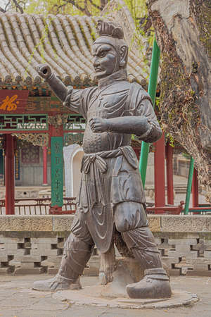 Iron knight standing in the Jinci temple in Taiyuan 스톡 콘텐츠
