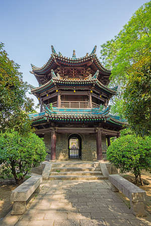 View in the third courtyard with Examining the Heart Tower in de Great Mosque in Xian