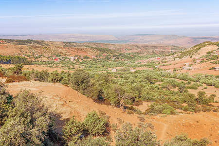 View of the foothills of the Atlas mountain range on road 9 from Marrakech to Ouarzazate 版權商用圖片