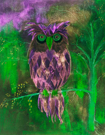 Psychedelic owl with green eyes. The dabbing technique near the edges gives a soft focus effect due to the altered surface roughness of the paper.