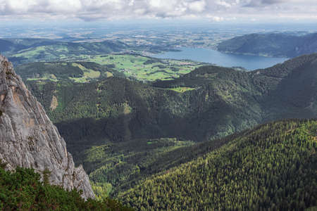 The Traunsee with Gmunden in a distance, seen from the the mountain station of the Feuerkogel cable car 스톡 콘텐츠